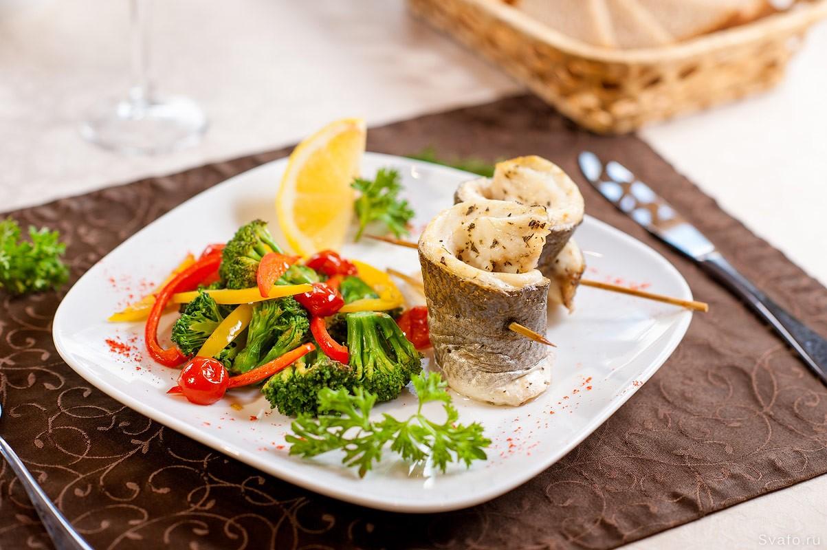 Рыба с овощами на пару — фото